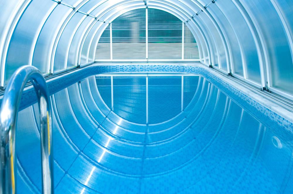 El vidrio y sus diferentes usos en piscinas