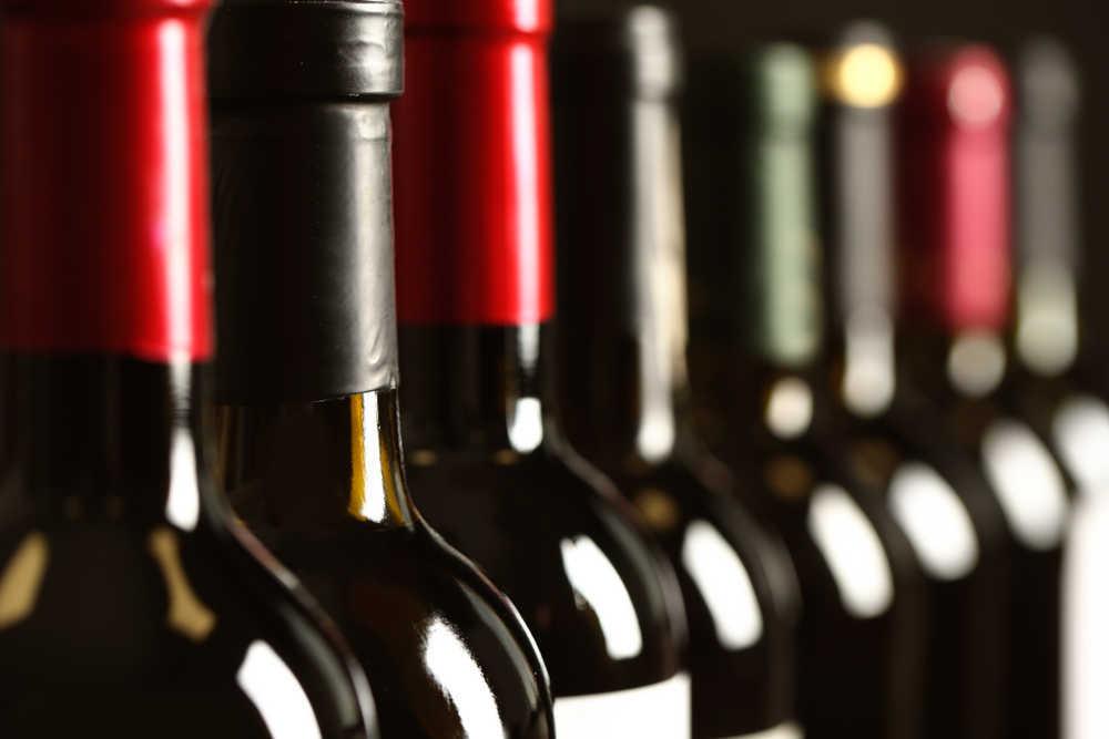 Cómo elegir la botella y la etiqueta perfecta para un vino